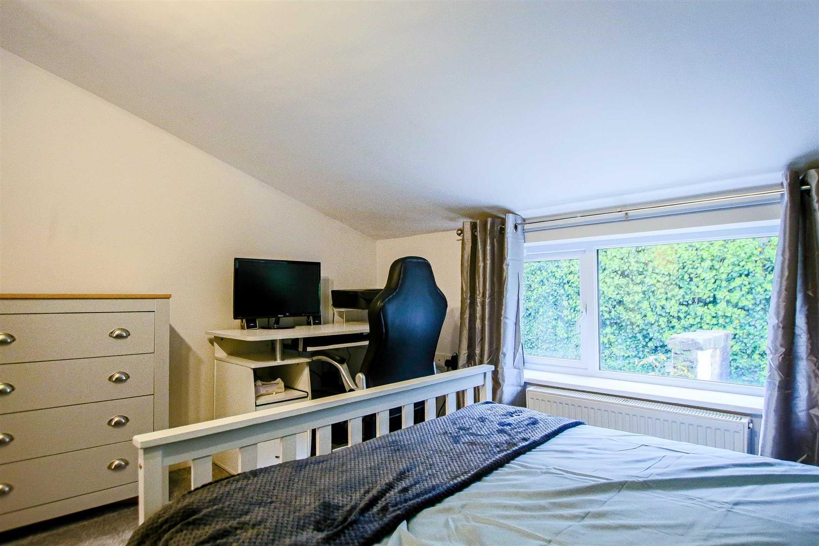 2 Bedroom Terraced Cottage For Sale - Image 15